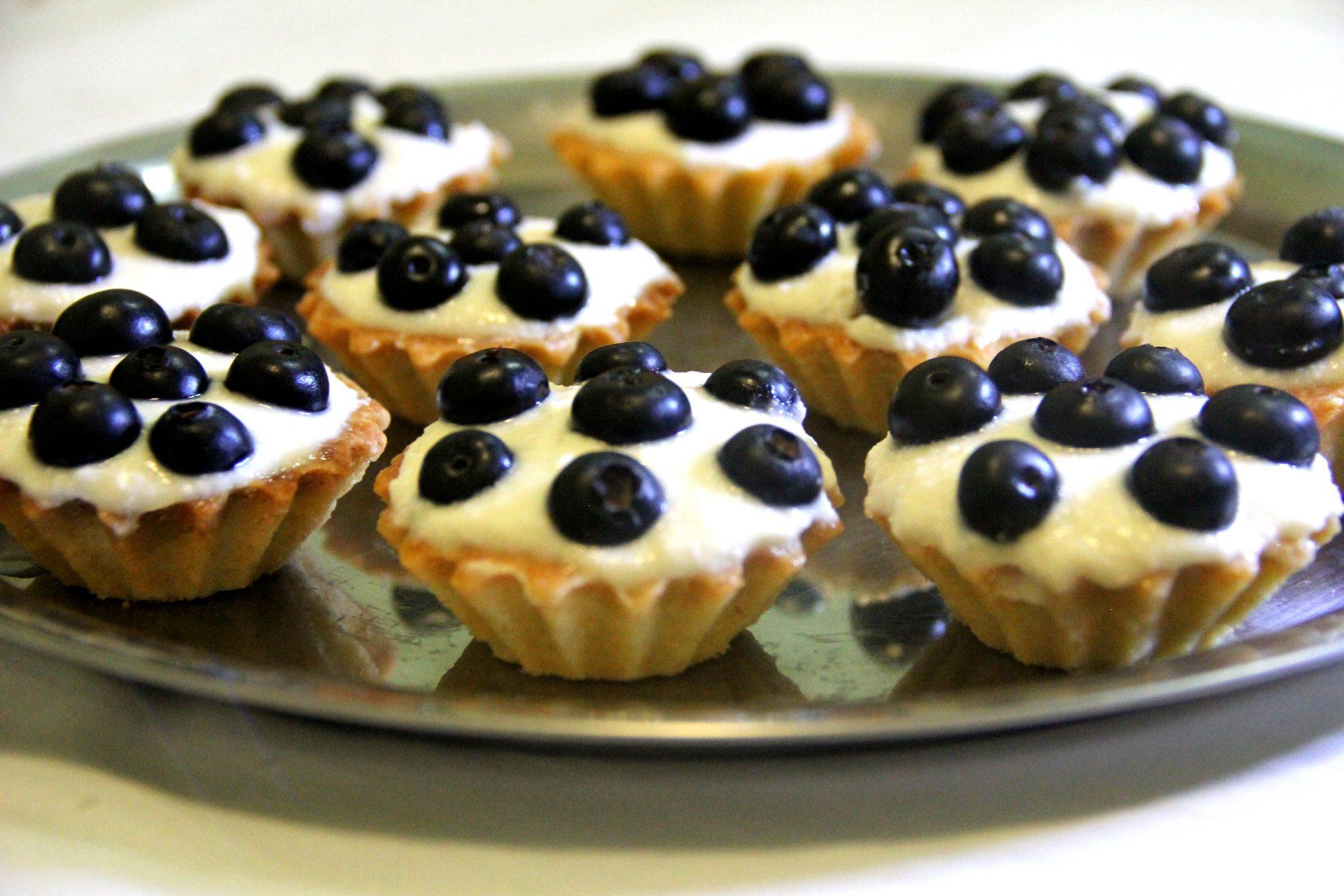 Tartaletki s Chernikoy (Tarteletes com Blueberry)
