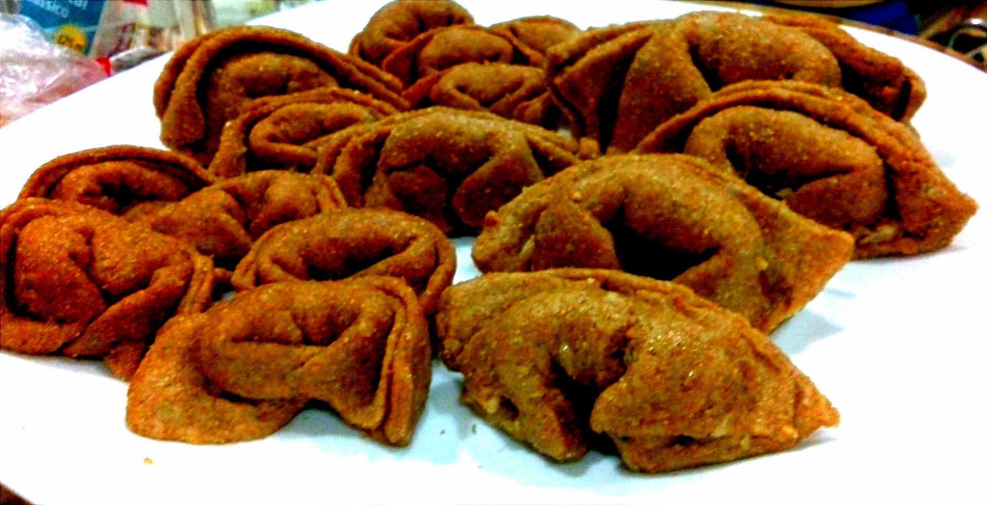 Wantan (Pastéis Recheados Fritos)